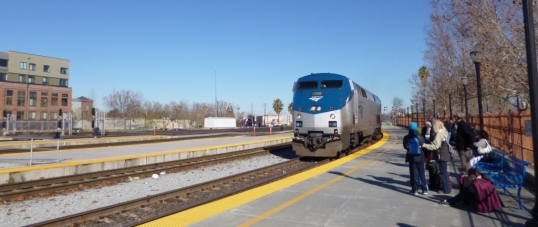 Coast Starlight arrives in San Jose
