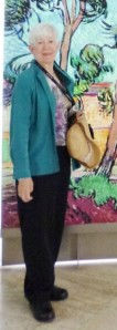 Note plain dark pants; sensible shoes, hat, shirt jacket are the same