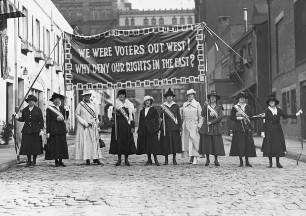 womens-suffrage-gettyimages-514700294